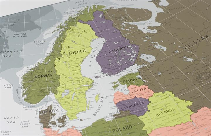 europe_wall_map_V2_CU2