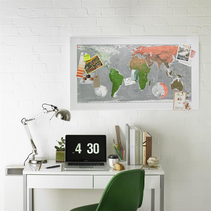 world_map_poster_framed