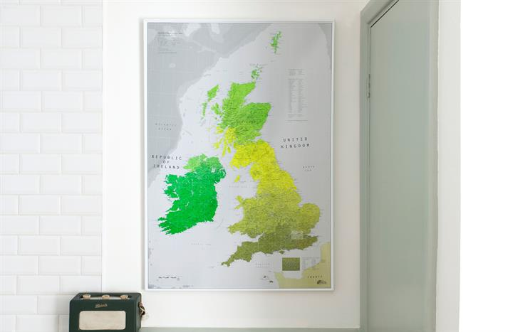 british_isles_wall_map_lifestyle2